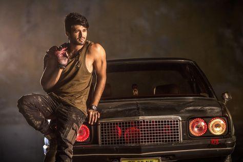 Vijay Devarakonda S Taxiwala Song Is Getting Superb Response Crossed 2 Million Views Vijay Devarakonda Vijay Actor Bikini Images