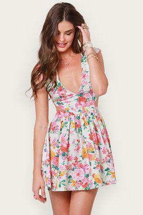 Your favorite floral dress is back! Brat Pack Ivory Cutout Floral Print Dress