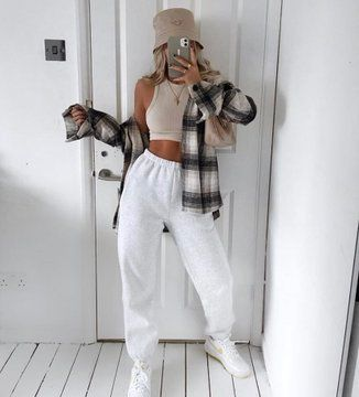 fan outfits account (@badestoutfit)