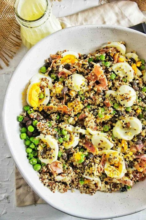 Black Bean Quinoa Salad | Sweet Caramel Sunday #blackbeans #blackbeanrecipes #blackbeanquinoasalad #salad #saladrecipes #quinoa #quinoarecipes #quinoasalad #quinoasaladrecipes #lunch #eggsalad #bacon #baconsalad #crispybacon #edamame #edamamesalad #dinner #bbq #bbqsalad #sweetcaramelsunday
