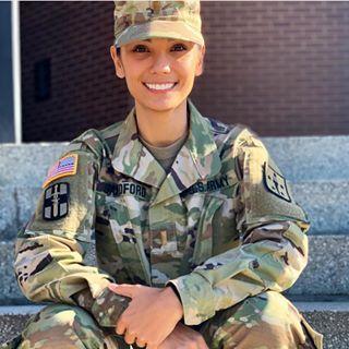 Может ли девушка работа военным работа в мичуринск