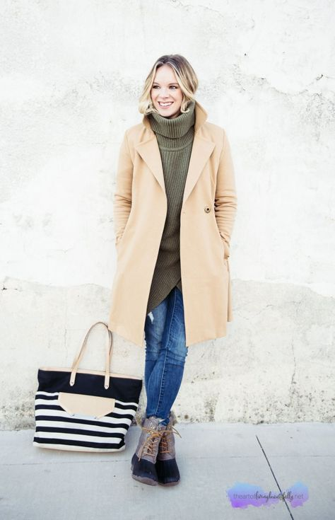 Fashion: Trench Coat Casual | Casual winter outfits, Boating