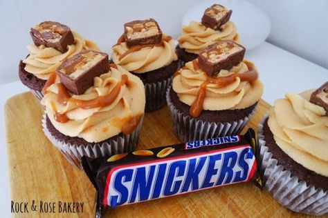 Snickers Cupcakes Recipe on Cake Central