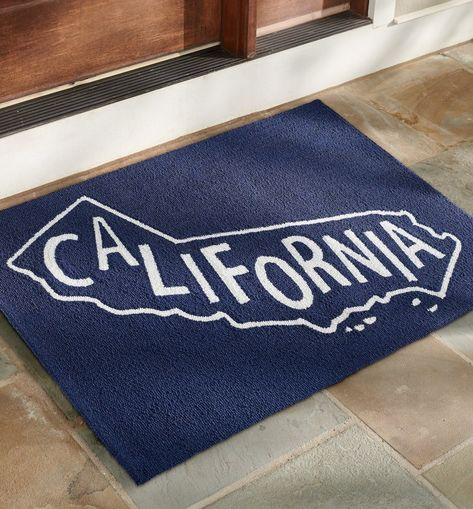 A unique design for each of our 50 states: the State Pride Hooked Door Mat is handcrafted from durable polypropylene, so it's perfect outdoors or inside, it's easy to clean, and ideal for lots of busy foot traffic.