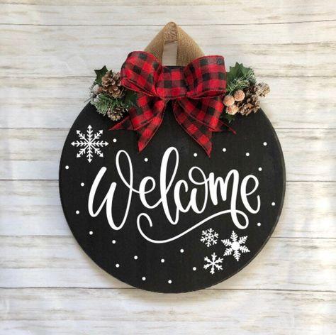 Welcome Sign Christmas Door HangerDoor Hanger Welcome Sign Christmas Projects, Holiday Crafts, Christmas Time, Christmas Wreaths, Christmas Ornaments, Holiday Decor, Christmas Door Hangers, Christmas Wood Crafts, Diy Christmas Door Decorations