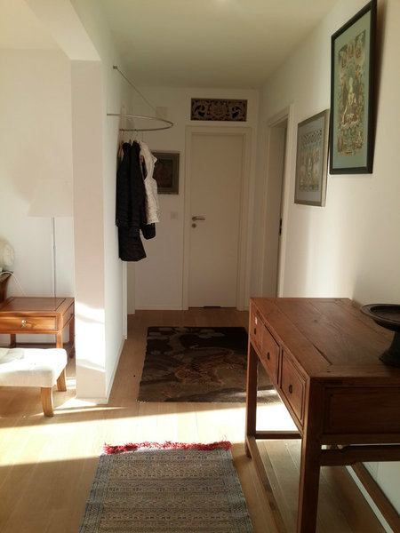 2 Zi Wohnung In Basel Altstadt Grossbasel Mobliert Temporar Mieten Bei Coozzy Ch Coozzy Gewerbeflache Wohnung Mietwohnungen