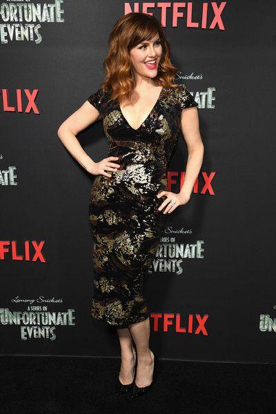 Sara Rue Photos Photos Netflix Premiere Of A Series Of