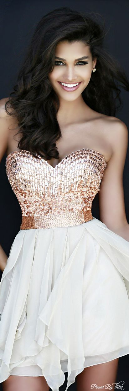 Die besten 17 Bilder zu Dress for Spring Party auf Pinterest ...