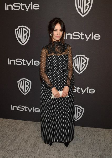 Abigail Spencer attends the 2019 InStyle and Warner Bros. 76th Annual Golden Globe Awards Post-Party.