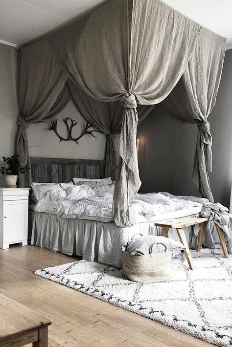 18 BEST CANOPY BED EXAMPLES TO INTRODUCE INTO YOUR BEDROOM By: Glaminati Media | Updated: 11/06/2018