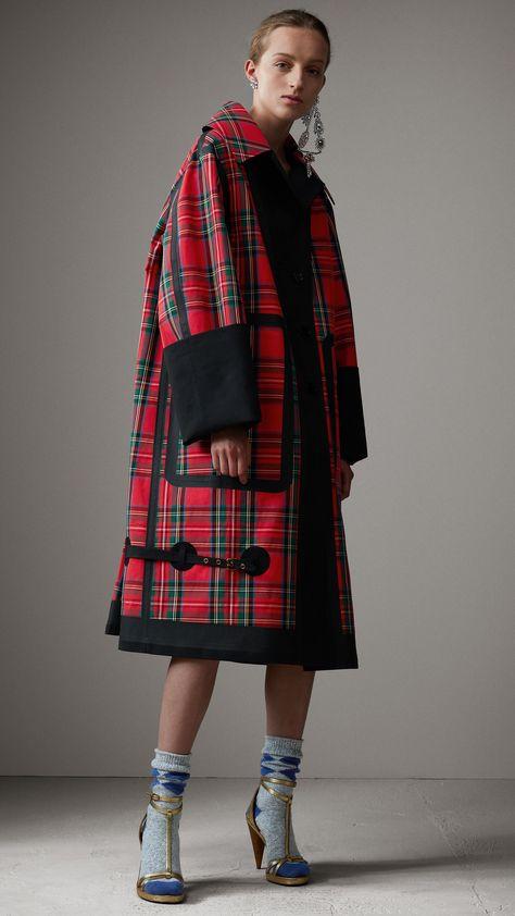 Tartan Bonded Cotton Seam-sealed Oversized Car Coat in Black - Women | Burberry United States