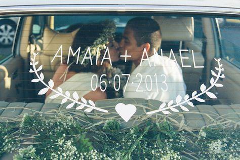 http://www.atodoconfetti.com/2014/07/amaia-y-anael-boda-bajo-el-sol-de.html