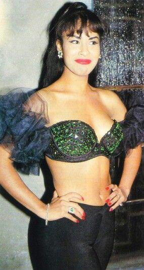 Selena Quintanilla, Looking Fine As Hell