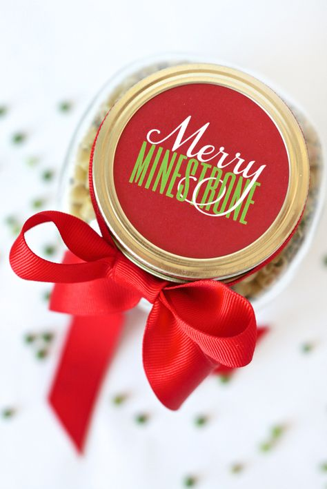Merry-Minestrone-Christmas-Soup in a Jar. The perfect Gift Idea for Friends and Neighbors!! (FREE Printable) -- Paging Supermom for Tatertots and Jello #HAPPYHolidays
