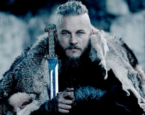 Wattpad Fanfiction Under Major Editing Right Now Amara Mikaelson Queen Of The Crescent And Daughter Viking Character Vikings Ragnar Vikings Travis Fimmel