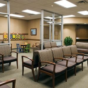 Waiting Room Chairs For Medical Office Amazing Brown Color In Reception Office Furniture Ideas Waiting Room Decor Medical Office Decor Waiting Room Design