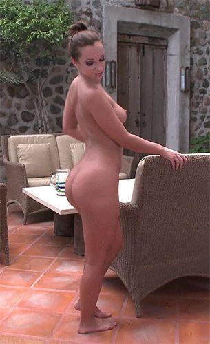 Stevens nude body Jada