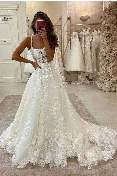 Gorgeous Ball Gown Scoop Neck Open Back Lace Wedding Dresses, Wedding - Source by - de novia de encaje Wedding Dress Mermaid Lace, Wedding Dress Black, Scoop Wedding Dress, Boho Wedding Dress With Sleeves, Open Back Wedding Dress, Cute Wedding Dress, Wedding Dress Trends, Black Wedding Dresses, Mermaid Dresses