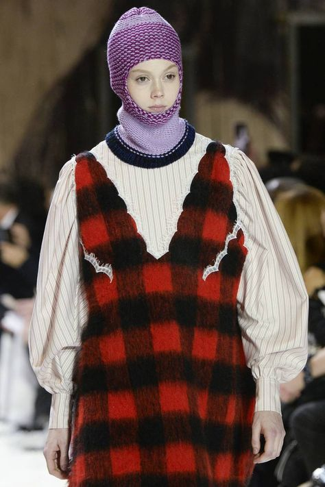 Calvin Klein Autumn/Winter 2018 Ready To Wear | British Vogue