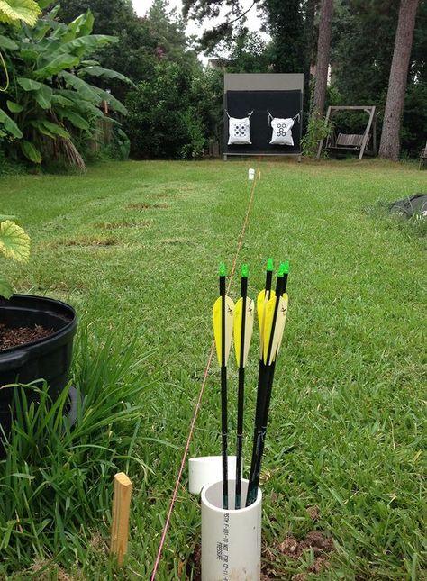 Building Your Suburban Outdoor Archery Range - Surviving Prepper Archery Shop, Archery Games, Archery Targets, 3d Archery, Shooting Targets, Deer Hunting Tips, Deer Hunting Blinds, Hunting Stuff, Coyote Hunting