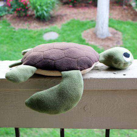 Cup of Threads: Sea Turtle Stuffed Animal - free pdf pattern and tutorial - bildanleitung und schnitt