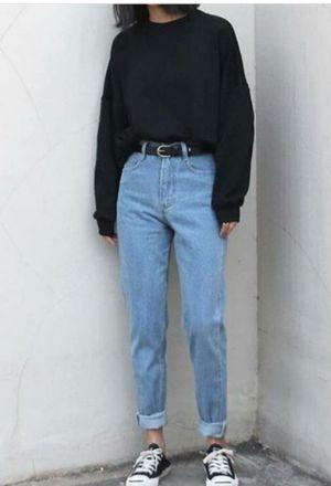 Jean Outfits Woman Fashion Fashionoutfits Fashiontrend Fashiontrendsoutfits Jeans Skinnyjeans Dai In 2020 Outfits Con Jeans Comfy Jeans Outfit Mom Jeans Outfit