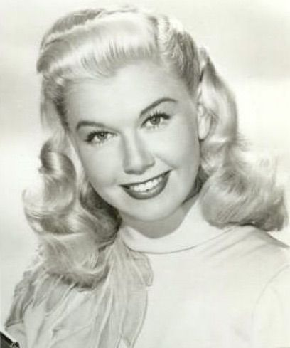 Rare Young Doris Day A Few Things You Didn T Know About Doris 1940s Style Doris Day Movies Hollywood Stars Classic Movie Stars