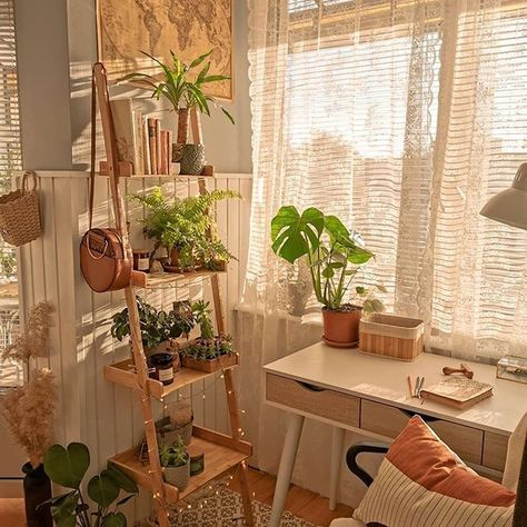 Cute Room Decor, Cute Room Ideas, Indie Room Decor, Surf Decor, Small Room Decor, Room Ideas Bedroom, Bedroom Inspo, Bedroom Inspiration Cozy, Bedroom Decor Teen
