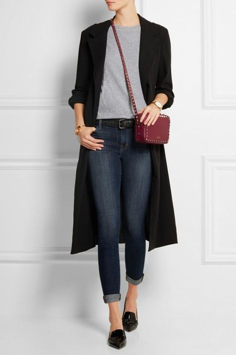 french women style, black pointy flats, skinny jeans, long black cardigan, gray shirt