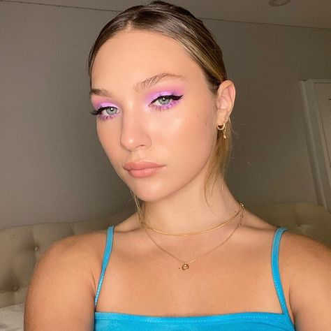 "@maddieziegler sanoo Instagramissa: ""in the meantime, i'll be filling in for @thetonyabrewer"" Cute Makeup Looks, Summer Makeup Looks, Love Makeup, Makeup Inspo, Makeup Inspiration, Beauty Makeup, Hair Beauty, Awesome Makeup, Pretty Makeup"