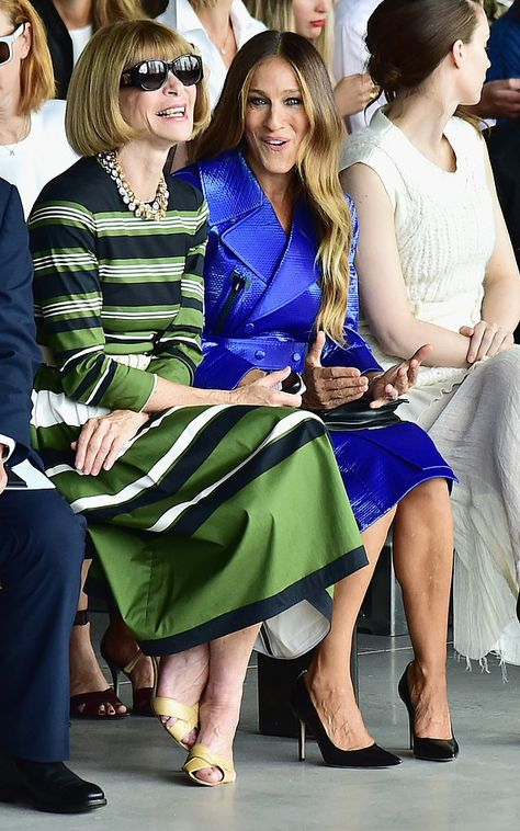 Sarah Jessica Parker got Anna Wintour to laugh in the front row at New York Fashion Week!