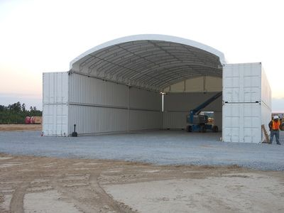 Container Cover Gallery Shipping Container Roof System Between 2 Conex Containers American Covers Inc Container Hauser Container Hausplane Container Haus