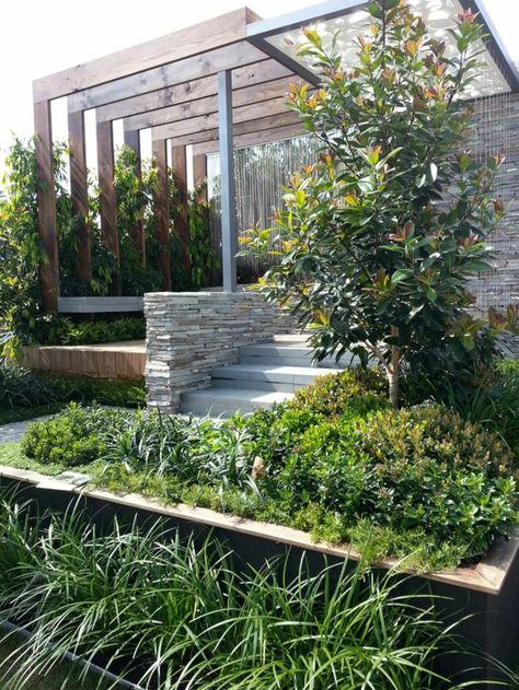 Gartengestaltungsideen - Wunderbarer Innenhof mit Wasserspiegeln - gartengestaltungsideen mit kies