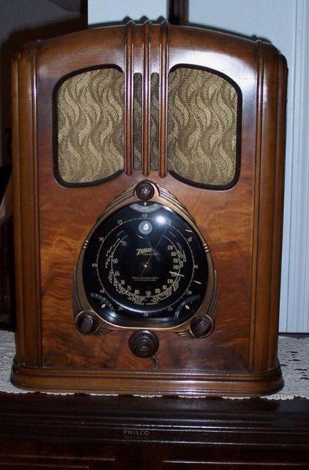Vintage Radio Oldtimeradiomusic Antique Radio Vintage Radio Retro Radios