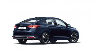 2020 Hyundai Verna Facelift Revealed Pre Booking Details Specs Features Variants Inside In 2020 Hyundai Facelift Hyundai Motor