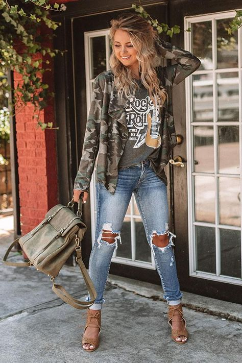 May 2020 - ❤ Camouflage jacket, white graphic grey t-shirt, faded skinny jeans, camel lace-up open toe sandals, military green handbag Look Fashion, Autumn Fashion, Fashion Hats, Fall Fashion Women, Fashion Clothes, Fashion Tights, Fall Fashion Trends, Fashion 2018, Asian Fashion