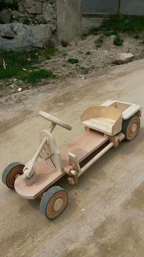 Wow! Love the craftsmanship on this go cart. #Unadiezregalos