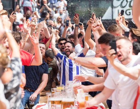 England Vs Panama Live Pictures As Fans Elated At World Cup Score England Fans World Cup England