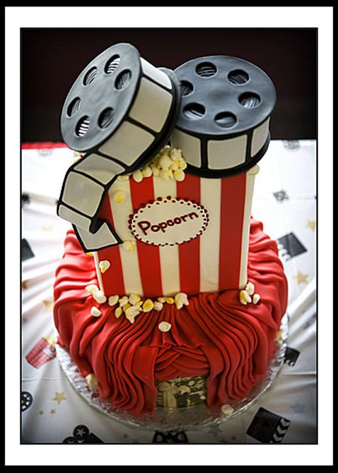 movie theme cake. hahaha. this is so me.