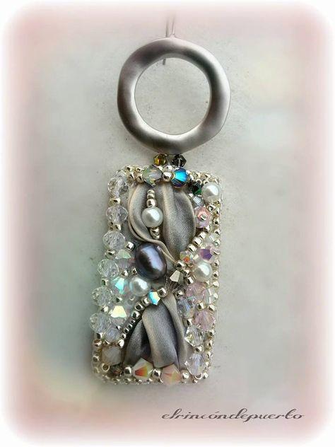 Shibori gray earrings rodium pearls swaroski por ElrincondePuerto