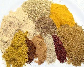 بهارات هاله أو العشر بهارات بطريقة الشيف هالة فهمي مطبخ أتوسه على قد الايد Dog Food Recipes Spice Mixes Spices