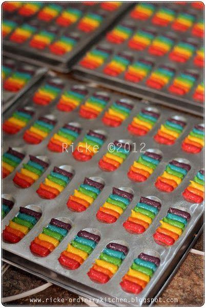 Just My Ordinary Kitchen Rainbow Cat S Tongue Cookies A K A Lidah Kucing Pelangi Resep Biskuit Kue Pelangi Variasi Makanan