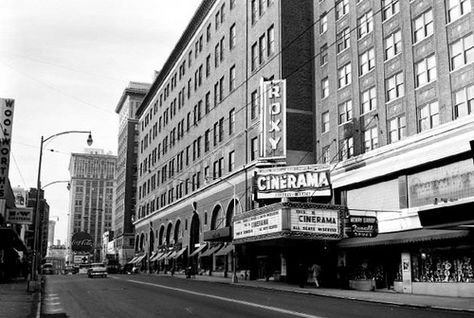 Photo of Peachtree Street at the Roxy Theater and Davidson's Department Store.