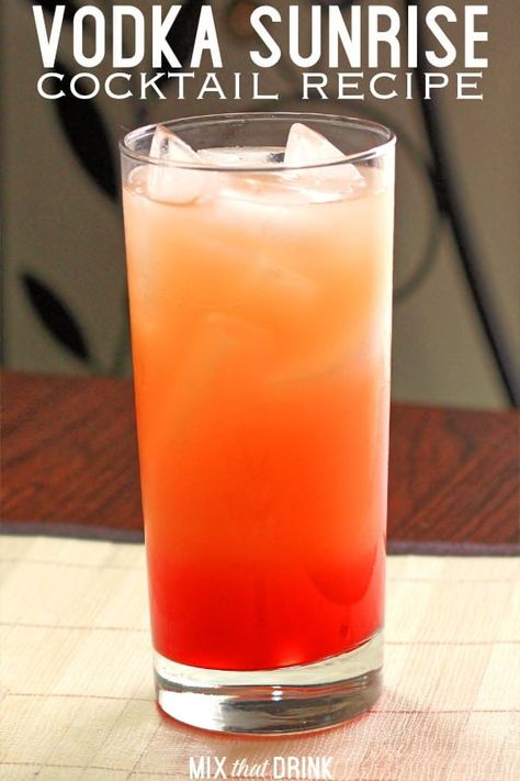 The Vodka Sunrise drink recipe blends vodka with orange juice and some grenadine. The Vodka Sunrise drink recipe blends vodka with orange juice and some grenadine to give it a berry Cocktail Sunrise, Sunrise Drink, Tequila Sunrise, Vodka Sunrise Recipe, Tequila Tequila, Sunrise Sunrise, Cocktail Vodka, Simple Vodka Cocktails, Cocktail Mix