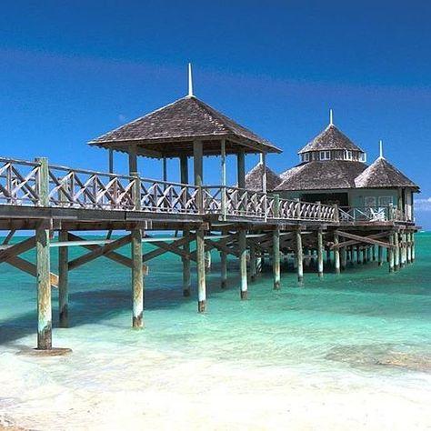 bubblebath Let's take a walk... #paradise...