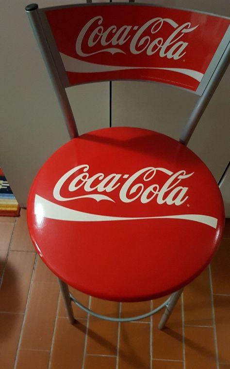 Tavolo Con Sgabelli Coca Cola.Pin Su Coke Art Stuff