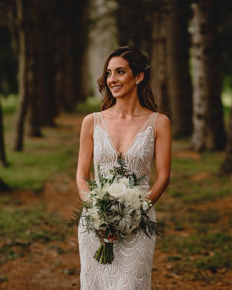 Perona Farms New Jersey Wedding | MakeUp By Samantha Linn | This stunning bride rocked natural, classic makeup for her New Jersey wedding at Perona Farms. Click the image to learn more about Samantha, her makeup artist! #njwedding #njbride #njweddingvendor #njmakeupartist #newjerseywedding #newjerseybride #newjerseyweddingvendor #newjerseymakeupartist