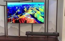 سامسونغ تعلن عن تطوير تلفاز لاسلكي كشف مسؤول تنفيذي كبير لدى سامسونج يوم الأحد أن الشركة طورت تلفازا لاسلكيا ومع ذلك فإن المنتج لن يعرض في معرض الإل Flat Screen