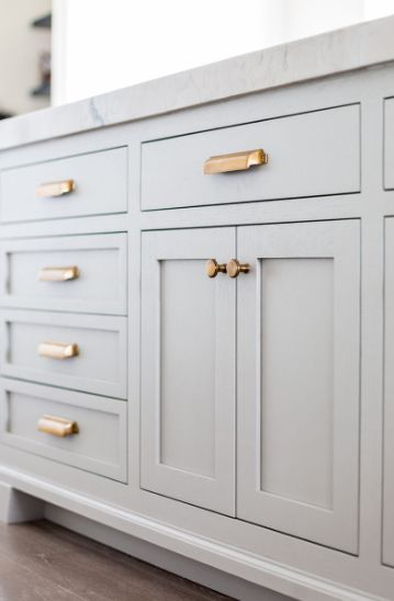What Are Shaker Kitchen Cabinets And Why Are They So Popular