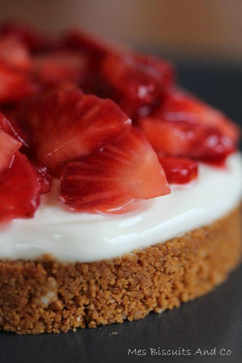 Tarte aux fraises sur base aux spéculoos avec une crème au mascarpone et fromage blanc - Sans cuisson
